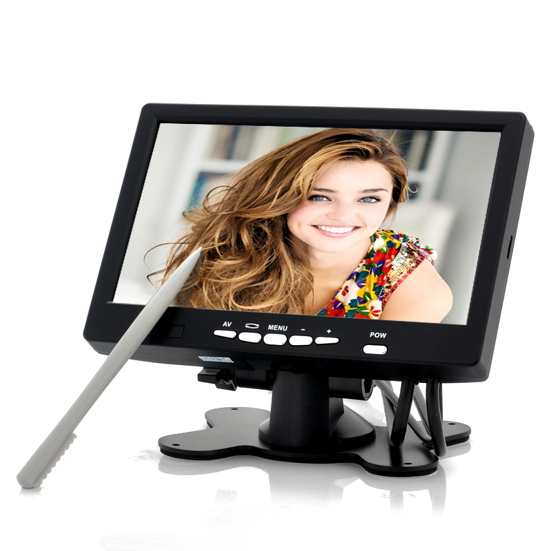 7-inch-touchscreen-lcd-with-vga-in-car-entertainment-pc-pos