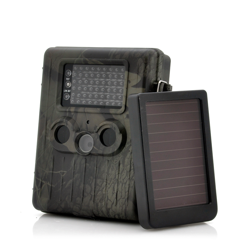 game-camera-with-rechargeable-battery-solar-panel-solartrail-1080p