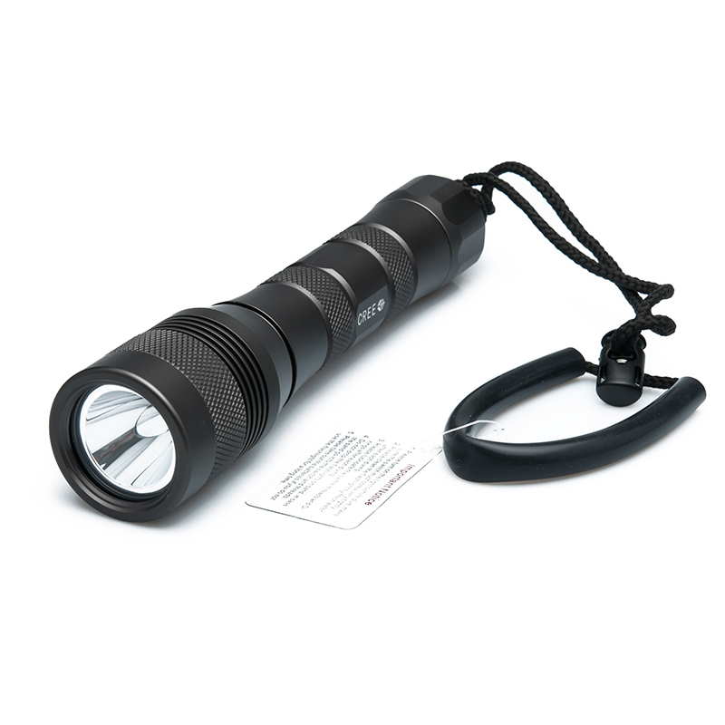 cree-u2-led-flashlight-waterproof-150-meters-600-lumens-white-beam