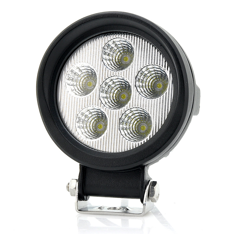 cree-xb-d-led-driving-light-18w-920-lumens